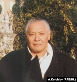 Аким Өзгөн. 2004-жылдын күзү. А.Капай уулунун сүрөтү.