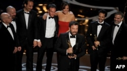 ԱՄՆ - Բեն Աֆլեքը ստանում է «Օսկար»-ը «Արգո» ֆիլմի համար, Հոլիվուդ, Լոս Անջելես, 24-ը փետրվարի, 2013թ.