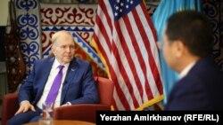 Посол США в Казахстане Уильям Мозер. Нур-Султан, 11 октября 2019 года.
