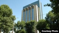 Здание Центрального банка в Ташкенте.