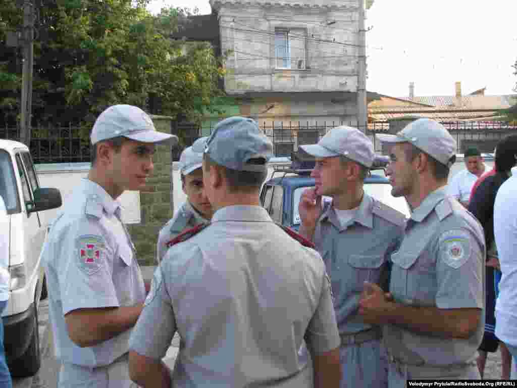 Командування сімферопольської частини Внутрішніх військ відпустило бійців-мусульман на святковий намаз