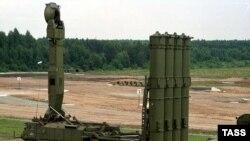 Иран объясняет, что российский зенитный комплекс С-300 поможет ему защитить свои ядерные объекты от возможного воздушного удара израильтян