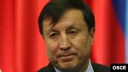 Аким Астаны Адильбек Джаксыбеков.