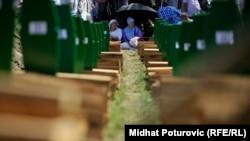 Sahrana dijela ubijenih 1995. godine, Potočari, 11. jul 2016.