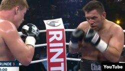 Ruslan Chagayev o'tgan yildan buyon boks janglarida Chechenistondagi Ahmad hoji Qodirov nomli boks klubini tamsil etib kelmoqda.