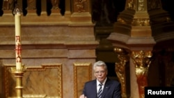 Germany -- German President Joachim Gauck makes a speech during an Ecumenical service marking the 100th anniversary of the mass killings of 1.5 million Armenians by Ottoman Turkish forces, at the cathedral in Berlin, April 23, 2015