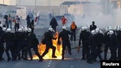 Демонстрация кезіндегі Бахрейн полиция жасағы. (Көрнекі сурет).