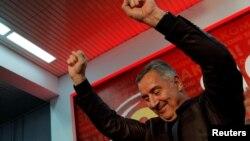 Мило Джуканович в ночь после выборов
