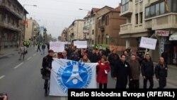 Протестен марш на лекарите специјалисти од Клинички центри од Македонија пред Владата на Република Македонија. 08 декември.2012.