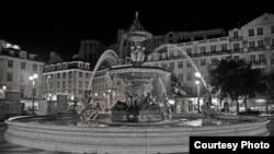 В центре Лисабона, столицы Португалии.