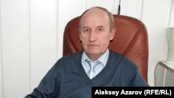 Сәулетші Сергей Мартемьянов. Алматы, 16 ақпан 2010 жыл.