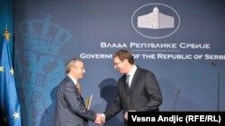 Majkl Devenport šef kancelarije EU u Srbiji i premijer Srbije Aleksandar Vučić, arhivski snimak