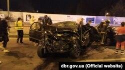 Як повідомляють у Бюро, обидва водії загинули на місці, пасажири автомобілів доставлені до лікарні з травмами шиї