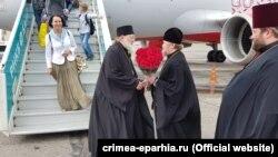Глава РПЦЗ в аэропорту Симферополя, 19 июля 2017 года