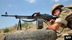 Dağlıq Qarabağda erməni hərbçisi - 2012