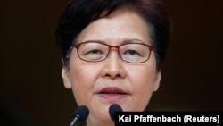 Հոնկոնգի վարչակազմի ղեկավար Քերրի Լամը ասուլիսի ժամանակ, 3-ը սեպտեմբերի, 2019թ․
