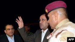 المالكي في احدى نقاط التفتيش ببغداد 30أيار