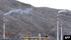 Іранське підприємство в Ісфагані має сучасні центрифуги збагачення урану – Президент Ірану, 9 квітня 2009 р.