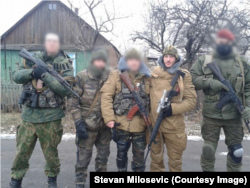 Стеван Милошевич с боевиками на Донбассе