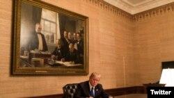 دونالد ترمپ رئیس جمهور امریکا در قصر سفید