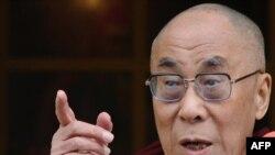 Духовный лидер Тибета Далай-лама очень популярен во всем мире.