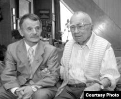 Mustafa Cemilev ve Cengiz Dağcı