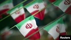 ირანის დროშები