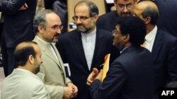 محمد خزاعی، نماینده ایران در سازمان ملل (نفر دوم از چپ)