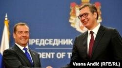 Вучиќ со рускиот премиер Дмитри Медведев
