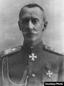 Generalul Dmitri Șcerbaciov (Foto: Centrul de Cultură și Istorie Militară, Chișinău)