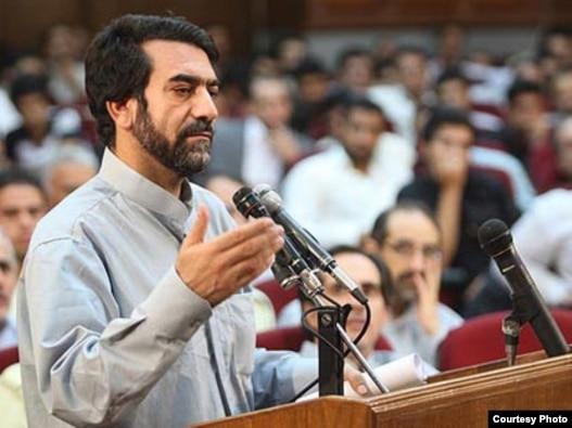 حمزه کرمی در دادگاه موسوم به «دادگاه کودتای مخملی»