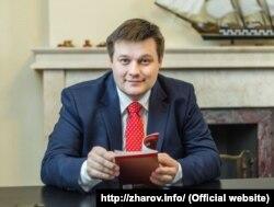 Специалист по семейному праву Антон Жаров возмущен законопроектом Министерства просвещения