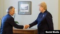 Украина президенты киңәшчесе Мостафа Җәмилев һәм Литва президенты Даля Грибаускайте