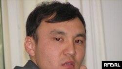 Нурлан Абуев, свидетель по делу руководителей министерства экологии. Астана, 26 июня 2009 года.