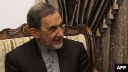 Иран рухани жетекшісі Аятолла Әли Хаменейдің кеңесшісі Әли Акбар Велаяти.