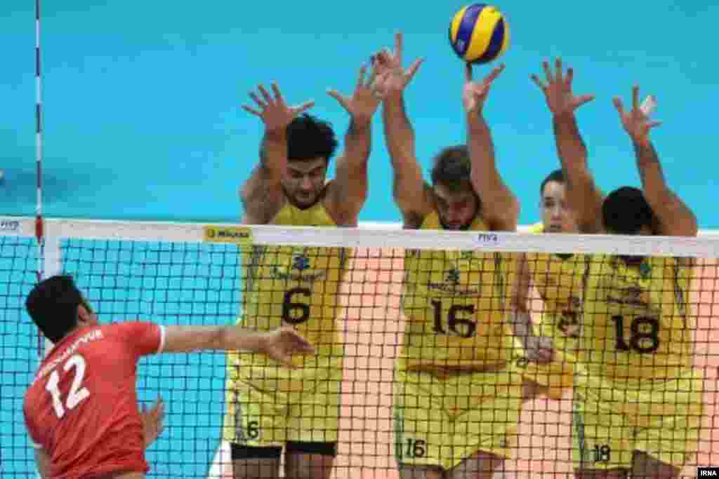 Iran's national volleyball team stunned their hosts, Brazil, with their astonishing performance in a 2014 World League match in Brasilia on June 7.