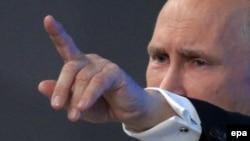 Владимир Путин во время традиционной ежегодной пресс-конференции. Москва, 18.12.2014