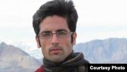 مجید اسدی در آخرین روز بهمن سال گذشته در کرج بازداشت و به بند ۲۰۹ زندان اوین تهران منتقل شد