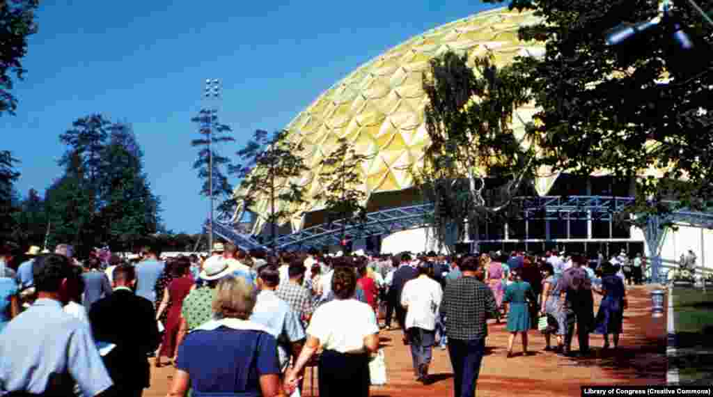 Visitors stream toward the American National Exhibition on a baking July day in the Soviet capital.