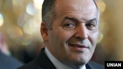 Ukrainian oligarch Viktor Pinchuk used an op-ed in The Wall Street Journal to put his plan forward.