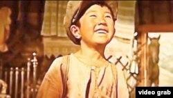 В кадре «Меня зовут Кожа» – Даулет в исполнении Юсуфа Шамузова.