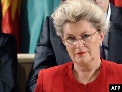 Predsedavajuća 36. sednice UNESCO Katalina Bogyay iz Mađarske tokom primanja Palestine u tu međunarodnu organizaciju, Pariz, 31. oktobar 2011.