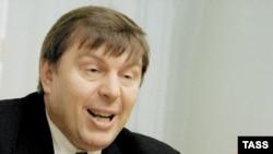 Андрей Климентьев давно ходит во власть. Но никак не дойдет