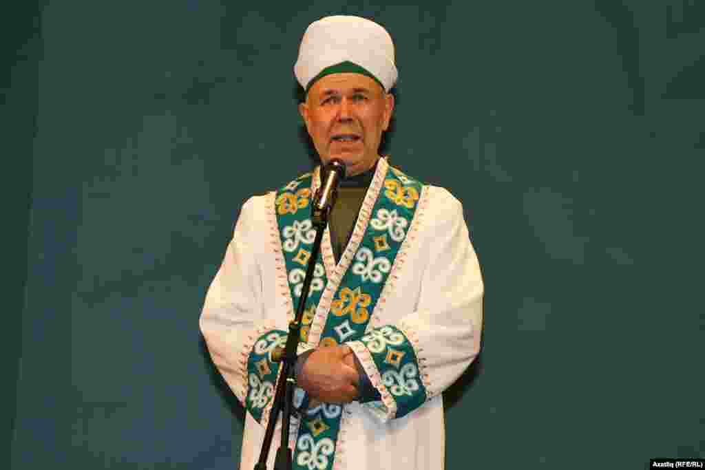 Башкортстан Диния нәзарәте рәисе, мөфти Нурмөхәммәт Нигъмәтуллин