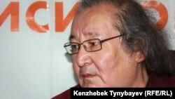 Театральный режиссер и оппозиционный политик Болат Атабаев. Алматы, 13 июня 2012 года.