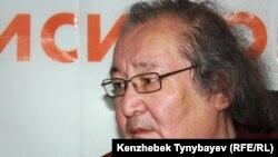 Булат Атабаев
