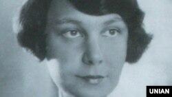 Олена Теліга (1906–1942)
