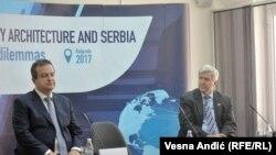 Ministar spoljnih poslova Srbije Ivica Dačić i ambasador SAD u Srbiji Kajl Skat