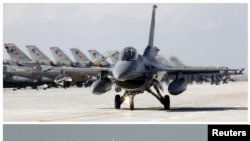 Российский Су-24 и сбивший его турецкий F16