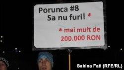 Mânie și umor. 80.000 de oameni în stradă la București a treia zi consecutiv